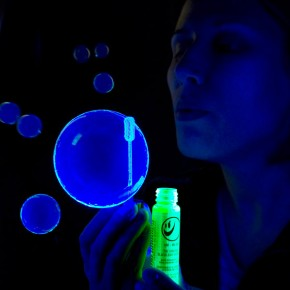Black Light Bubbles