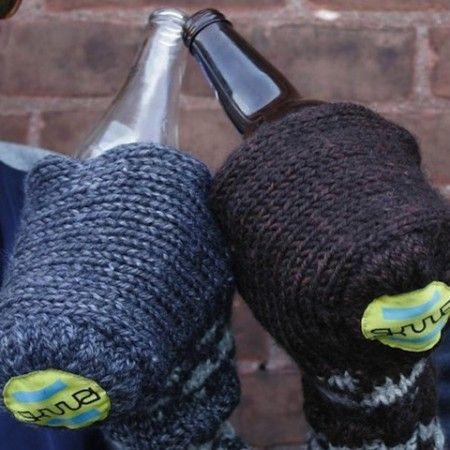 Sküüzi Beer Glove $29.99